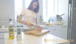 Kitchen Countertop girl Beauti